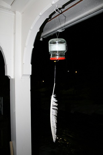 DIY: Wind triggered blinking garden light